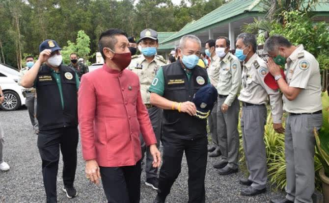 DNP chief in Nakhon Si Thammarat on wildfire prevention measures